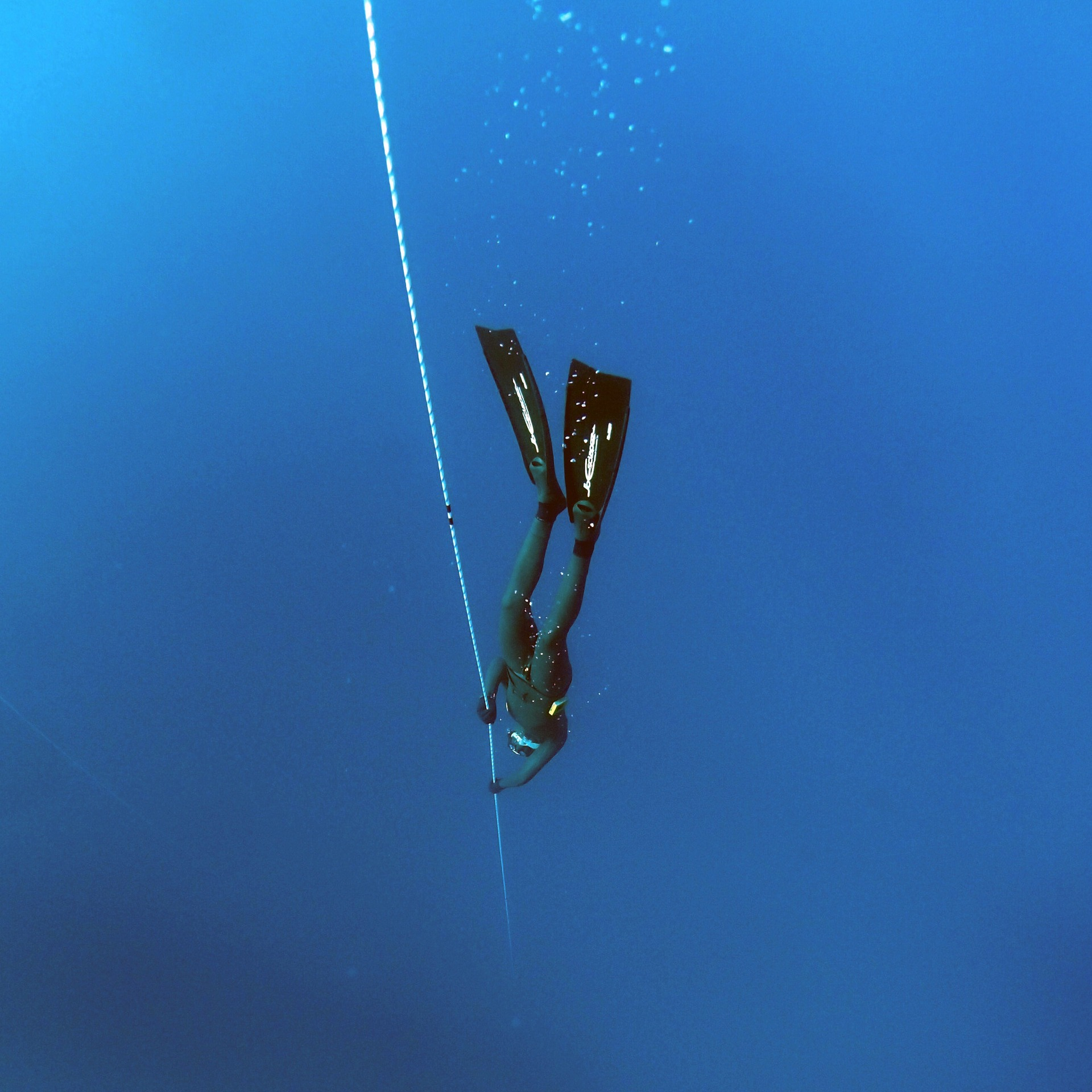 freediving-1383103_1920